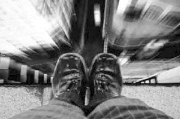 ولنگاری اجتماعی در مواجهه با بحران خودکشی!