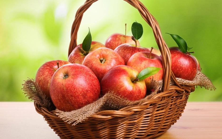 چند مورد از فواید مصرف سیب در طول روز